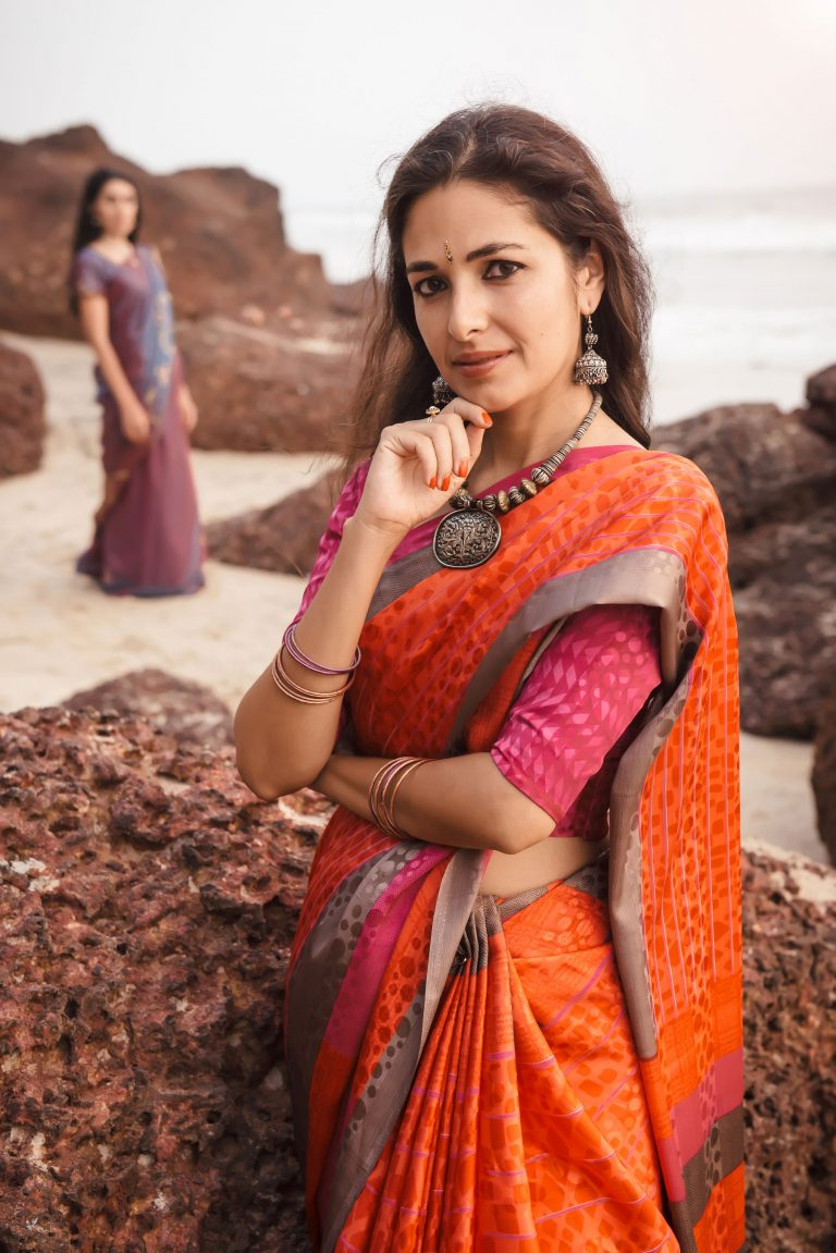 Modern Women's Guide to Power-dressing in a Saree