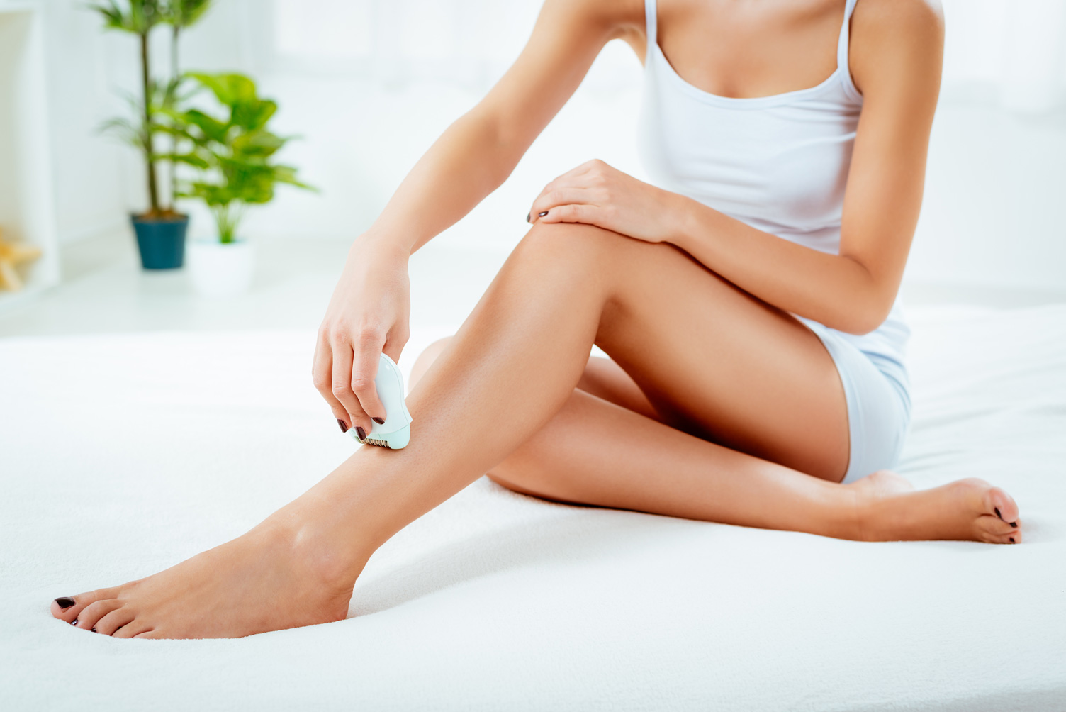 How to Painlessly Remove Unwanted Hair (at Home)?