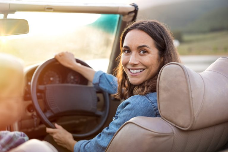 Independent Woman's Guide to Selecting The Right Auto Loan